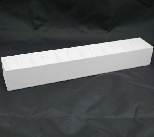 RING DISPLAY BLOCK 6 CLIPS WHITE VINYL (SIZE 4)