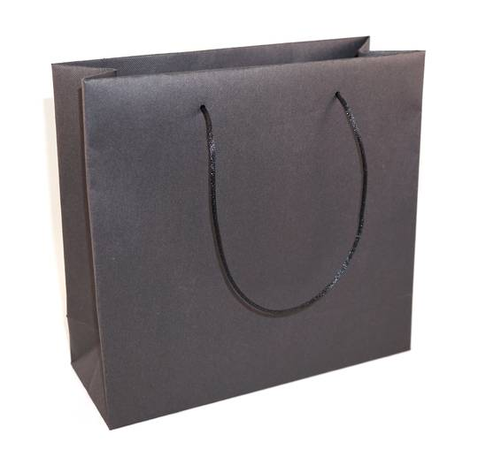 MEDIUM BLACK CARRY BAG WITH BLACK STRING HANDLES
