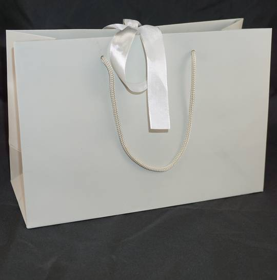 PREMIUM MEDIUM GREY CARRY BAG WITH GREY ROPE HANDLES & RIBBON TIE