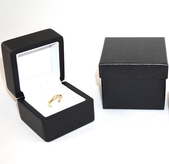 SMALL RING BOX MATT BLACK WOOD WHITE CLIP