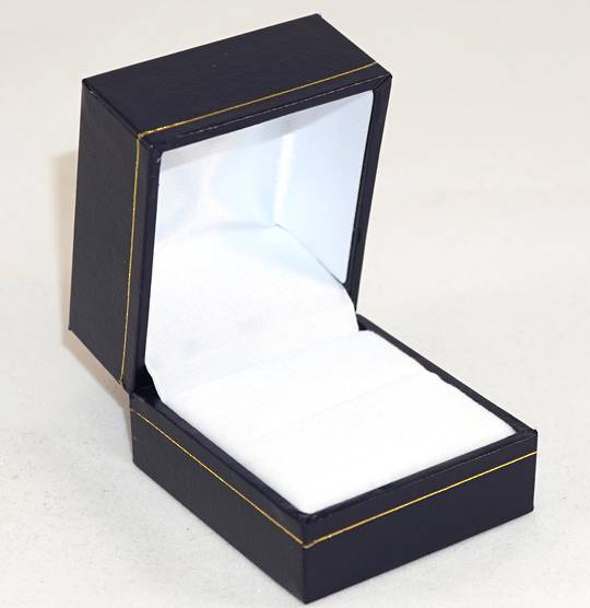 SDR - RING BOX LEATHERETTE NAVY WHITE VELVET PAD BULK DEAL (36 PCS)