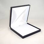 SDN3 - MEDIUM NECKLACE BOX LEATHERETTE NAVY WHITE PAD BULK DEAL (12 PCS)