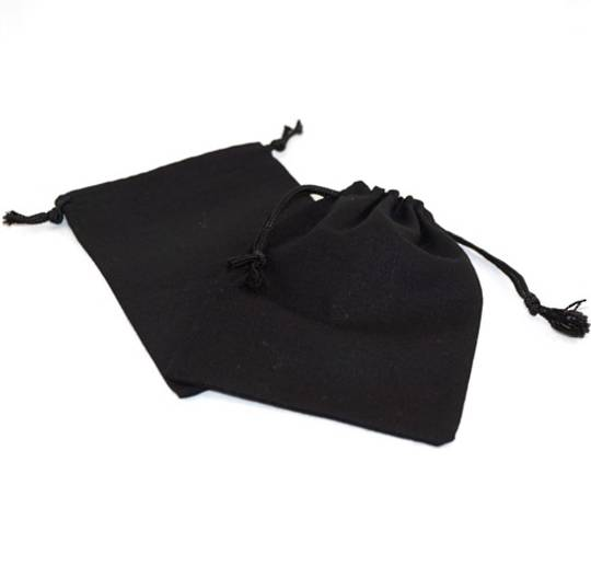 LARGE CALICO POUCH BLACK/BLACK CORD 95 X 130 MM