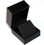 SDRFL - EARRING BOX LEATHERETTE BLACK NO LINE BLACK VINYL FLAP