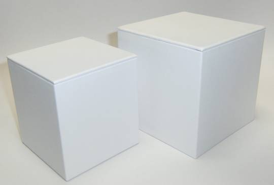 SMALL DISPLAY CUBE WHITE VINYL
