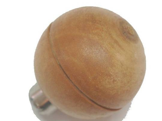 WOODEN HANDLE BALL SHAPE