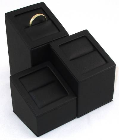 RING DISPLAY TOWER BLACK VINYL (SET OF 3)