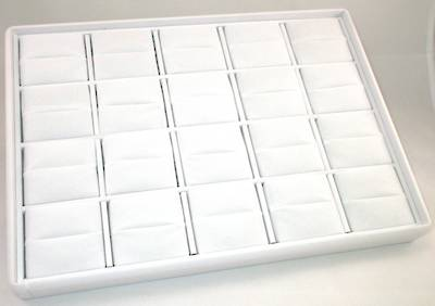 RING DISPLAY TRAY WHITE W/ WHITE VELVET PADS