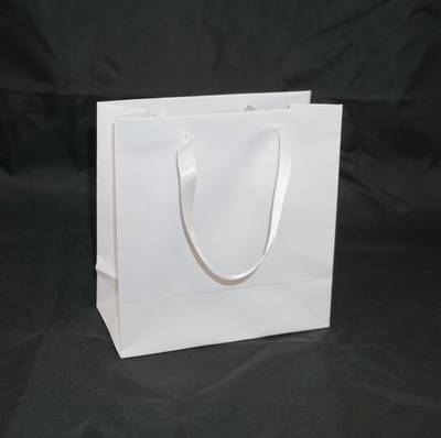 DELUXE WHITE SMALL CARRY BAG WHITE RIBBON HANDLES