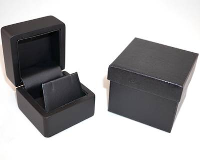 SMALL EARRING BOX MATT BLACK WOOD BLACK FLAP