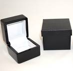 SMALL RING BOX GLOSS BLACK WOOD WHITE CLIP