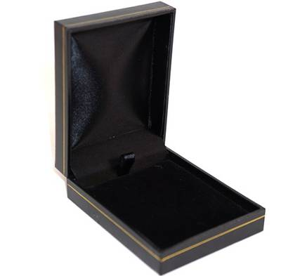 SC17 - MEDIUM PENDANT/EARRING BOX LEATHERETTE BLACK BLACK VELVET PAD BULK DEAL (24 PCS)