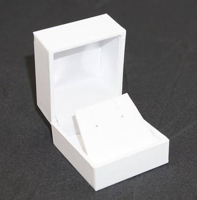 SDRFL - EARRING BOX LEATHERETTE WHITE NO LINE WHITE VINYL FLAP BULK DEAL (36 PCS)