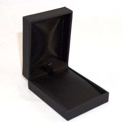 IMP - PENDANT/DROP EARRING BOX IMITATION LEATHER BLACK BLACK VINYL PAD