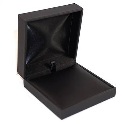 IMB - PENDANT/DROP EARRING IMITATION LEATHER BOX BLACK BLACK VINYL PAD