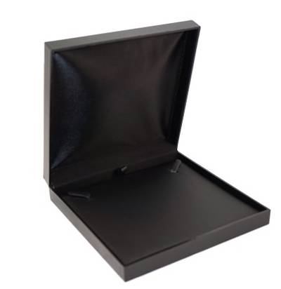 SDN3 - NECKLACE BOX LEATHERETTE BLACK NO LINE BLACK VINYL PAD