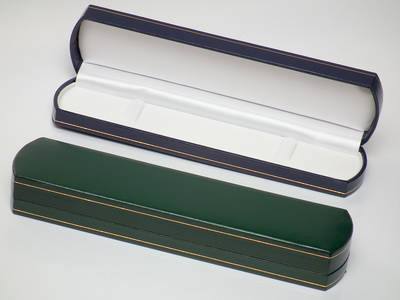 OVBFG - BRACELET BOX LEATHERETTE GREEN WHITE PAD