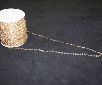 PRISCILLA FINE CABLE CHAIN GOLD PLATED 2.7X3.1MM  (1 MTR)