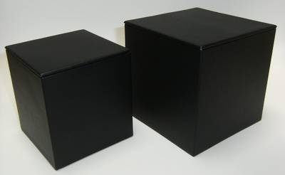 SMALL DISPLAY CUBE BLACK VINYL