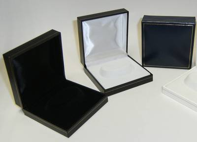 SC6 - BRACELET BOX LEATHERETTE NAVY WHITE ISLAND