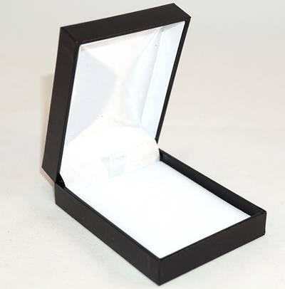 SC17 - MEDIUM PENDANT/EARRING BOX LEATHERETTE BLACK NO LINE WHITE VELVET PAD BULK DEAL (24 PCS)